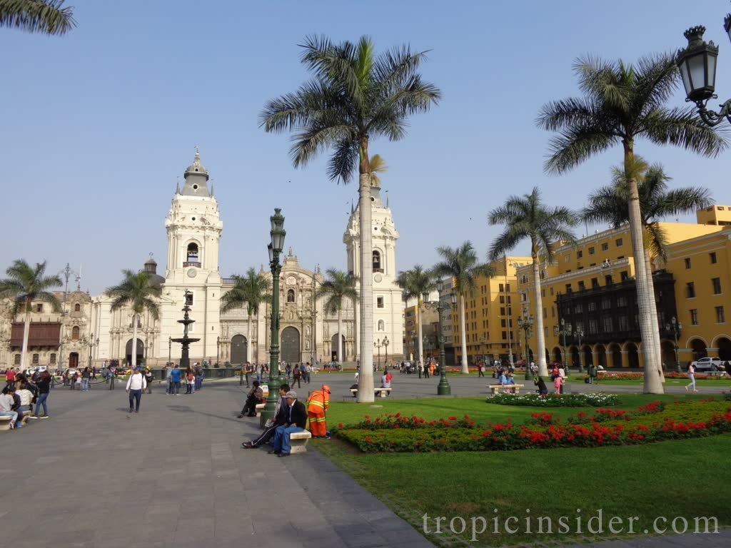 Plaza Mayor Lima 3
