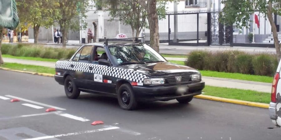 Taxi vs Uber - how to get a cab in Peru - Tropic Insider